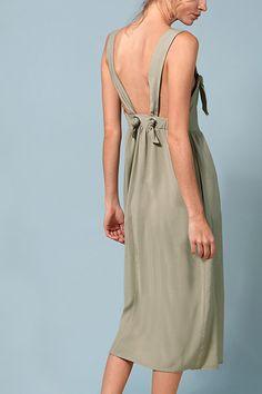18 Of The Best Backless Summer Dresses | sheerluxe.com
