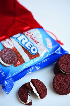 Red velvet Oreos are VERY REAL and WORTH PUTTING IN YOUR MOUTH.