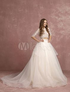 2 Piece Wedding Dress Lace Organza Backless Bridal Gown Half Sleeve A Line Tiered Bridal Dress With Court Train