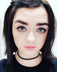 Maisie Williams Slams Dolphin Shows In Japan – Urges Fans To Boycott Beautiful Celebrities, Beautiful Actresses, Beautiful Women, Hello Beautiful, Maisie Williams Sophie Turner, Youtubers, Best Young Actors, Blind Girl, Games For Girls