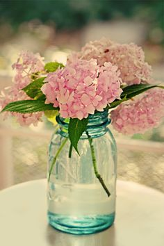 Can we have fresh flowers in mason jars? Hydrandeas are my favorite!