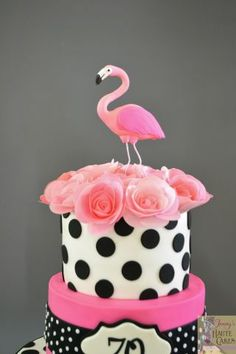 Pink Flamingo and Polka Dots Flamingo Cake, Pink Flamingos, Wafer Paper Flowers, No Bake Cake, Amazing Cakes, More Fun, Hot Pink, Cake Decorating, Polka Dots