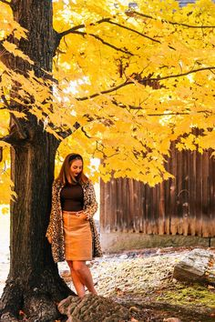 The Coastal Confidence | New England Fashion, fall, fall style, new england fall, maine fall, connecticut fall, massachusetts fall, fall in new england, leaf peeping, vermont fall, new hampshire fall, nantucket fall, cape cod fall, autum, fall home decor, autum decor, fall activities, fall date night, fall apple cider, apple cider mill Blair Waldorf Headband, Maine In The Fall, New England Fashion, New England Fall, Black Headband, Skirt Belt, Headband Styles, Autumn Activities, Headband Hairstyles