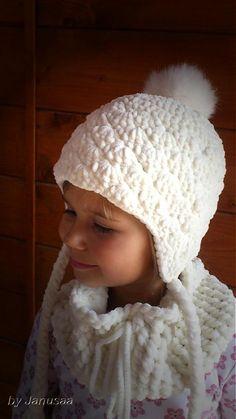 a05c9d1a7 Superhrubá zimná čiapka z jemnej smotankovej až bielej vlny vhodnej pre  bábätká, pre najmenšie parádnice