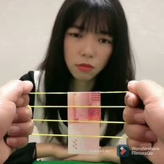 Magic Tricks Videos, Magic Tricks For Kids, Magic Card Tricks, Wow Video, Great Smiles, Mind Tricks, Funny Clips, Rubber Bands, The Magicians