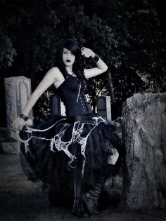 Adult tutu skirt creep graveyard ghost zombie #Halloween #costume www.loveitsomuch.com
