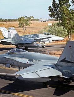 Royal Australian Navy, Royal Australian Air Force, Military Jets, Military Aircraft, Air Fighter, Fighter Jets, Helicopter Cockpit, F18 Hornet, Photo Avion