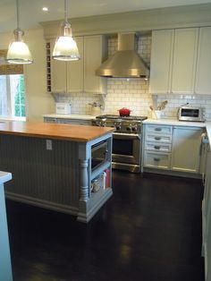 White Wood : Finally our completed kitchen , from builder basic to dream kitchen Diy Kitchen Island, Ikea Kitchen, Kitchen Ideas, Glass Kitchen, Kitchen Redo, Decorative Bird Houses, Rustic Kitchen Design, Basic Kitchen, Kitchen Upgrades