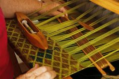 Linda Watson weaving. So beautiful. Weaving the inlay row on my current weaving