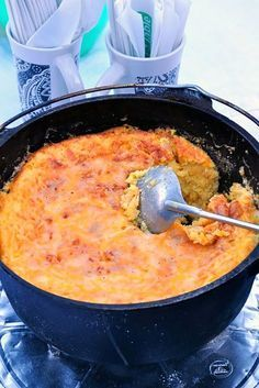 21 Easy Dutch Oven Camping Recipes - Campfire Cooking with a Cast Iron Dutch Oven