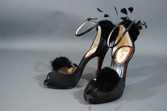 Christian Louboutin Pluminette Peep Toe Pumps Heels Black