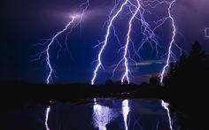 Lightning Bolts Over Chesapeake Bay Maryland Lightning Wallpaper