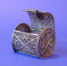 Dutch Antique Silver Filigree Pomander Casket. ca.1790.
