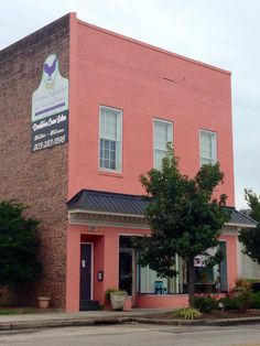 Downtown Craze Salon | 125 S. Main St, Lancaster, SC