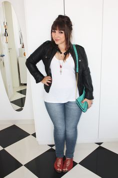 Jaqueta de couro e jeans « Entre topetes e vinis