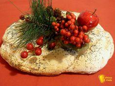 #Centrotavola #faidate corona di #pane il #chiccodimais #Natale #natalizio #decorazioni #senzaglutine #ricetta #recipe #glutenfree #diy #homemade #bread #glutenfree #christmas #xmas http://blog.giallozafferano.it/ilchiccodimais/centrotavola-fai-da-te-corona-di-pane/