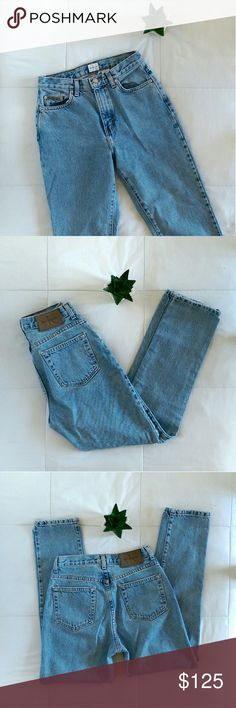 Vintage Calvin Klein Mom Jeans Vintage classic 5 pocket Jean stonewashed denim color. High wasted and tapered at the leg. 100% cotton. Says women's size 4 but fits smaller, waist measures 26'. Length is 39'. Inseam is 28'. Rise is 12.5'.   Excellent condition. Open to offers. No trades. Calvin Klein Jeans Skinny