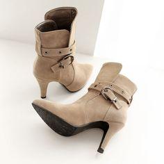 Material:Suede|Heel Height:8cm|Embellishments:Buckle