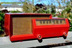 MID CENTURY SPLIT LEVEL DREAM Red Retro Vintage 1953 Philco Model 53-563 AM Tube Radio Totally Restored!