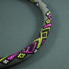 Sznur szydełkowo-koralikowy Crawl (proj. kry ma. art), do kupienia w DecoBazaar.com
