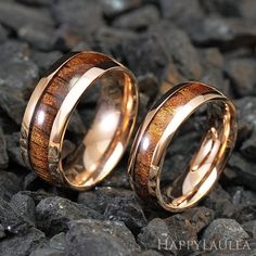 Hey, I found this really awesome Etsy listing at https://www.etsy.com/listing/176281004/set-of-stainless-steel-ring-with-koa