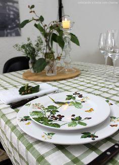 blackberries table setting
