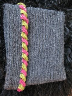 braided edging on nalbound hat