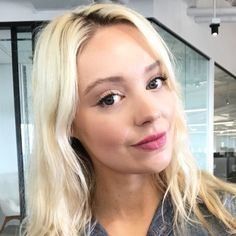 Beauty Editor Chronicles: I Did My Makeup Using Only Products I Found on My Desk — Byrdie Best Face Mist, Surprise Me, Flawless Face, Makeup Routine, Gorgeous Makeup, Short Hair Cuts, Natural Makeup, Editor, Makeup Looks