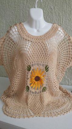 Blusa de crochet Crochet Woman, Crochet Baby, Crochet Bikini, Knit Crochet, Crochet Sunflower, Crochet Flowers, Crochet Cardigan, Crochet Shawl, Crochet Designs