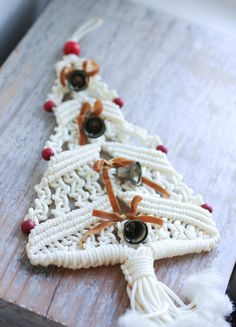 Vintage Macrame Christmas  Retro Christmas by @MollyFinds on Etsy