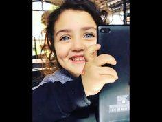 Cute Baby Girl Photos, Love Status Whatsapp, Cute Babies, Crushes, Smile, Queen, Youtube, Hero, Recipe