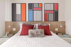 Apartamento colorido decorado