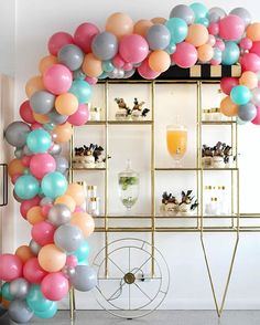 Happy Sunday, lovers! Still relishing on last night's event that is @sugarpopbakery's Grand Opening!! Totally obsessed with this drink station we dreamed up with @thesimpleparty with the amazing balloon arch by @partysplendour and this gold display cart (I've been dying to use for agessss haha) from @prop.my.party. Beautiful glassware from @thevintagekitchen, candles from @partyatmosphere and @kayter_co's dessert coconuts dressed up to a tee Gatsby style! Congrats once again Nicole, you…