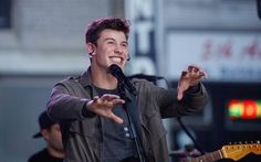 Shawn Mendes being his amazing,gorgeous,perfect,funny self!!!