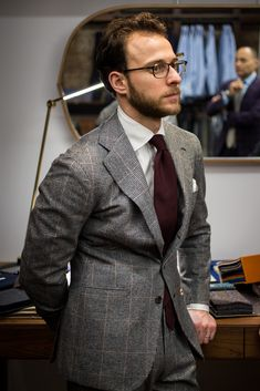 All Things Sartorial Gentleman Mode, Gentleman Style, Mens Fashion Suits, Mens Suits, Fashion Menswear, Grey Suits, Fashion Office, Men's Fashion, Street Fashion