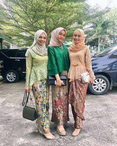 Kebaya Batik Modern Kebaya Lace, Batik Kebaya, Kebaya Dress, Batik Dress, Blouse Batik, Kebaya Modern Hijab, Kebaya Hijab, Kebaya Muslim, Modern Hijab Fashion