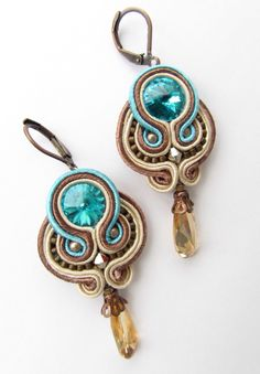 Items similar to Soutache earrings on Etsy Handmade Beaded Jewelry, Boho Jewelry, Jewelry Crafts, Jewelery, Jewelry Design, Women Jewelry, Handmade Necklaces, Accessoires Hippie, Wire Earrings