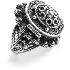 Antique Edwardian .800 Silver Poison Ring Size 4 1/2 Vinaigrette... ❤ liked on Polyvore featuring jewelry, rings, filigree ring, edwardian filigree ring, edwardian ring, silver jewellery и antique jewelry