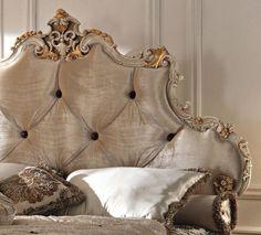 lit baroque, tete de lit beige magnifique