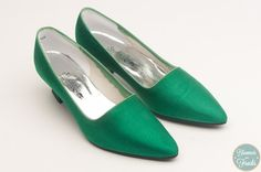Studio Six Green Satin Finish High Heels Size 6.5 $28