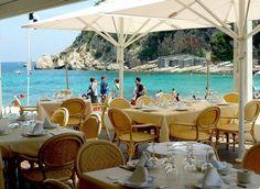 Port Balansat mediterranean restaurant. Puerto de San Miguel +34 971 33 45 27 / #ibizarestaurants #SanMiguel