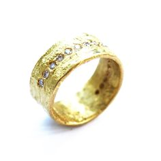1gr1011-18kt-gold-wide-organic-band-with-line-of-0