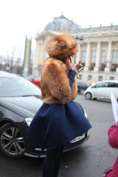love beautiful fur in caramel tones + navy www.bibleforfashion.com #bibleforfashion