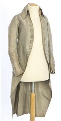Coat (image 1) | Spain | 1785-1800 | silk | Textilteca CDMT | Museum #: 11602
