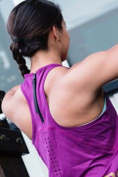 Eliminate Back Fat and Build Muscle With These 14 Back-Strengthening Exercises What Is Cellulite, Causes Of Cellulite, Cellulite Exercises, Reduce Cellulite, Kettlebell Routines, Kettlebell Training, Workout Routines, Kettlebell Abs, Workout Plans