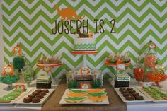 boy's dinosaur birthday party dessert table www.spaceshipsandlaserbeams.com