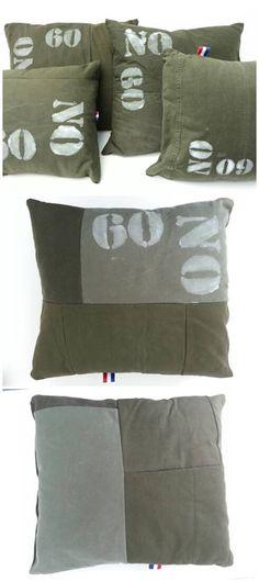Handgemaakte kussens van legertenten. Afmetingen kunnen hierdoor enigszins afwijken.  Inclusief binnenkussen.   Afm. 34 x 32 x 10 cm € 12,00  www.facebook.com/stoeruhzaken.nl