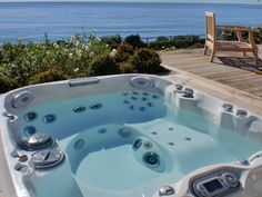 Jacuzzi J400 series with view of deck.