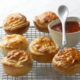 These Thai chicken pies are so easy and very yummy, its a must try for anyone who likes a tasty pie ;)