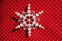 Heart Flake... a pretty take on a snowflake... (free pattern)